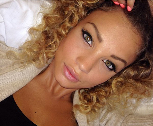 Femme de Gregory Van der Wiel : Stephanie Bertram Rose - selfie-de-Stephanie-Bertram-Rose